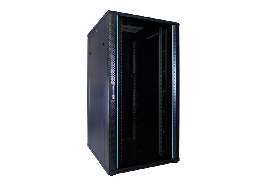 Ongemonteerde serverkasten